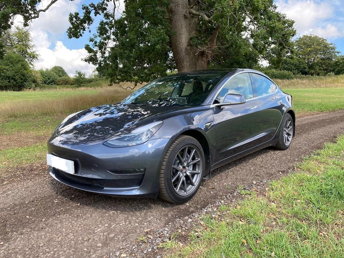 Tesla - Model 3 - Performance - 2019 - Grey | GoinGreen